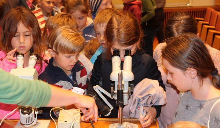 Kinderakademie Görlitz Vorlesung Kinder